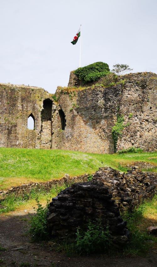 Castle heritage consultant